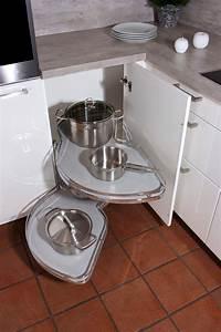 Eckschrank kuche acjsilvacom for Eckschr nke küche