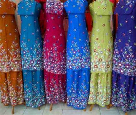mukenah mukena batik lukis mukena bali lukis floral warna mukbal santung murah