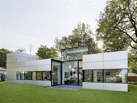 One Story Modern House Designs