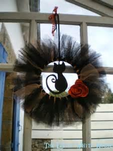 DIY Halloween Wreaths with Tulle