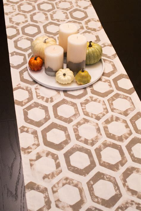 fall table runners to make do it yourself fall home decor ideas