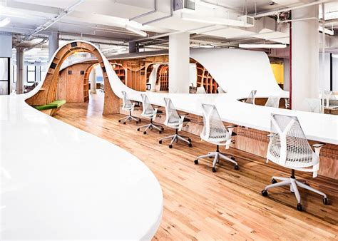 24 Super Cool Office Spaces That Will Make You Want To