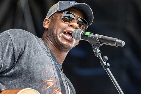 Jimmie Allen Quietly Breaking Down A Trio Of Country