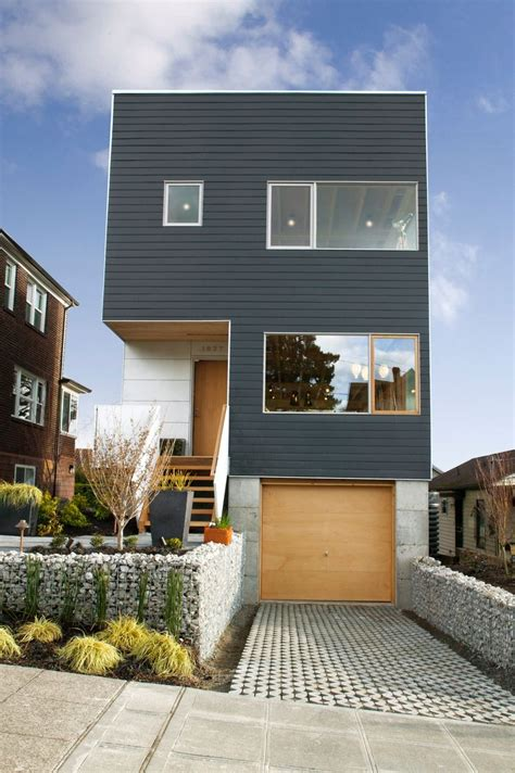Narrow Lot House Designs by 17 Best Ideas About Narrow Lot House Plans On