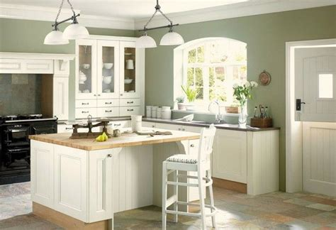 best green paint color for kitchen de 25 bedste id 233 er inden for green kitchen walls p 229 9128