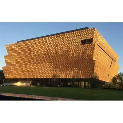 Houston Contributes Artifact To New Smithsonian African