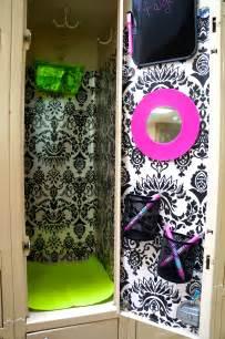 School Locker Decorating Ideas