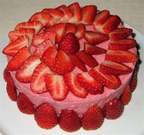 la cuisine de aux fraises gâteau mousseux aux fraises ma cuisine santé