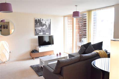 Living Room Restaurant Milton Keynes by Dazzon Luxury Apartments Central Milton Keynes Updated