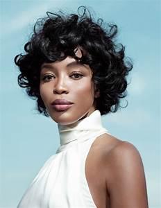 Coupe De Cheveux Femme Courte : coupe de cheveux courte femme sensuelle et rayonnante ~ Melissatoandfro.com Idées de Décoration