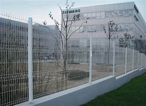 China Wire Mesh Fence - China Steel Fence, Street Fence