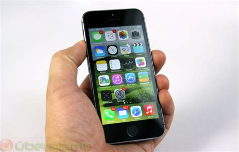 iphone 5s rating iphone 5s review ubergizmo