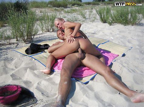 Homemade Beach Bonk Of A Xxx Girlfriend And Her Horny