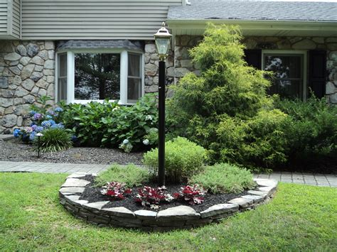 Lamp Post Ideas Landscaping