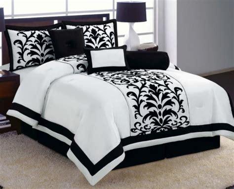 black bed sets 6 pc white black luxury flocking comforter set size 10843   abba1df551644de365d266d4431be0f8