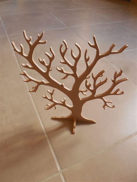 arbre a bijoux bois arbre 224 bijoux en bois ou objet d 233 coratif accessoires de maison par lezart brenbois