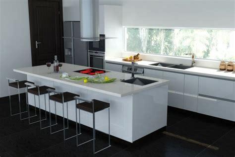 plan de travail cuisine grande largeur cuisine blanche avec plan de travail noir 73 idées de