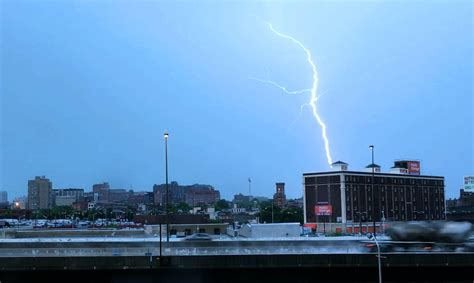 severe weather md storms thursday afternoon baltimore thunderstorm thunderstorms region sun