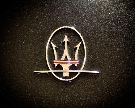 Maserati Logo Gallery