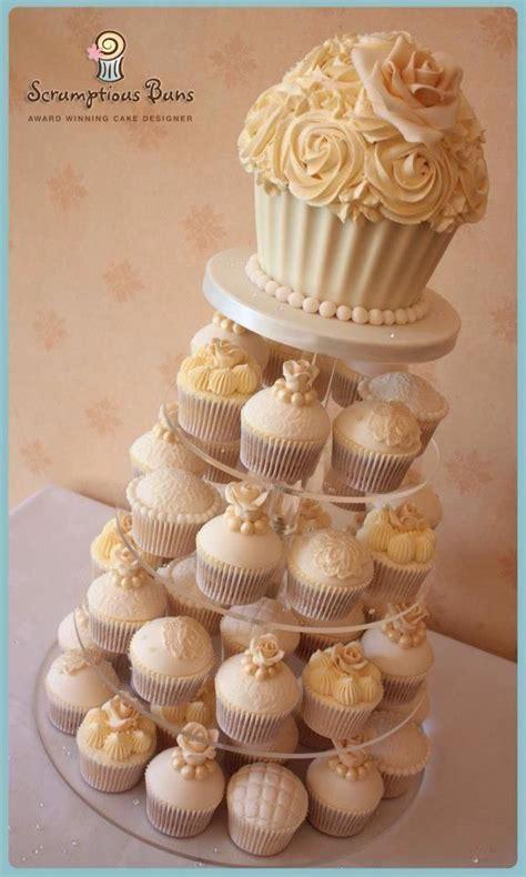 Die Besten 25+ Riesen Cupcake Kuchen Ideen Auf Pinterest