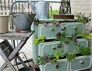 la deco jardin recup en 41 photos inspirantes archzinefr With idee deco jardin terrasse 7 deco cuisine blanche