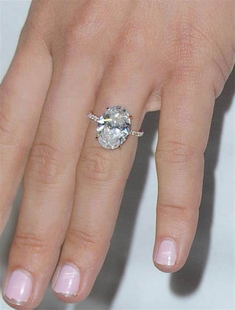 the 7 most gorgeous engagement rings of 2015