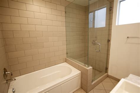 tub shower ideas for small bathrooms small bathroom tub peenmedia com