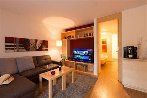 Wohnzimmer Neu Gestalten Mit Spanndecken by Zimmerdecken Neu Gestalten 1001 Flur Ideen Zum