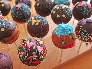 Cake Pop Maschine : cake pops aus dem cake pop maker von quibbler ~ Watch28wear.com Haus und Dekorationen