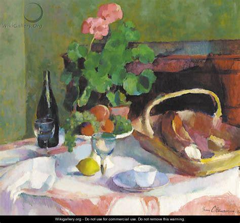 un geranium en pot avec des fruits du et une bouteille de vin sur la table henri ottmann