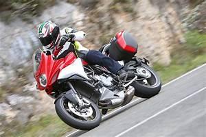Mv Agusta Turismo Veloce : 2015 mv agusta turismo veloce first ride superbike magazine ~ Medecine-chirurgie-esthetiques.com Avis de Voitures