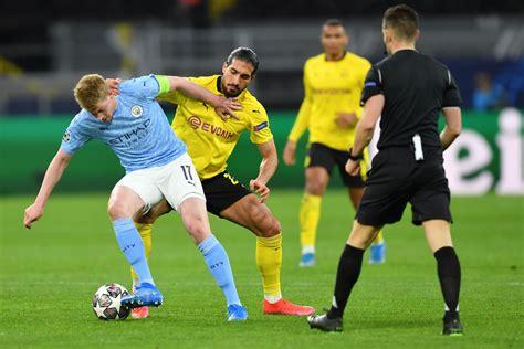 Manchester City fans applaud Kevin De Bruyne for display v ...