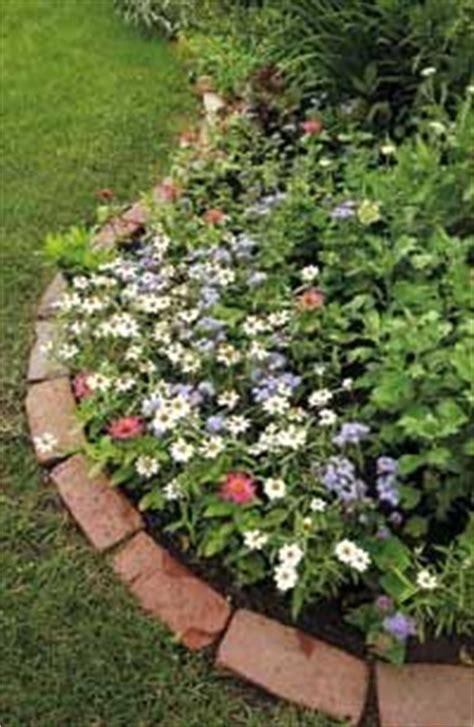34672 flower bed edging ideas 25 best ideas about brick garden edging on