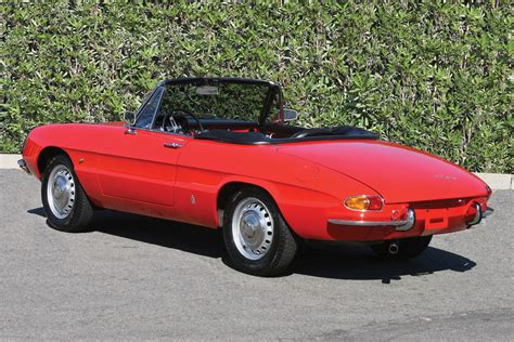 photo alfa romeo spider  junior duetto cabriolet