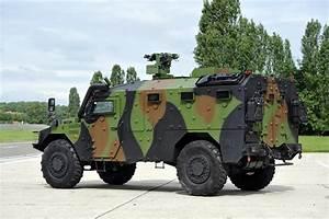 Sherpa Renault : group renault trucks defense and security ~ Gottalentnigeria.com Avis de Voitures