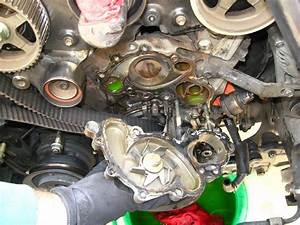 Removing Thermostat On A 2000 Toyota 4runner