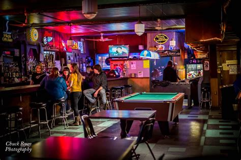 Bar Dive by Top 10 Dive Bars In Paul Paul Insider S