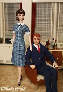 Photographer Modifies Barbie Dolls After  U2018mad Men