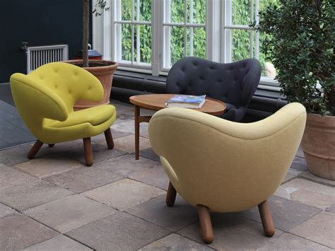 buy the onecollection finn juhl pelican chair with buttons