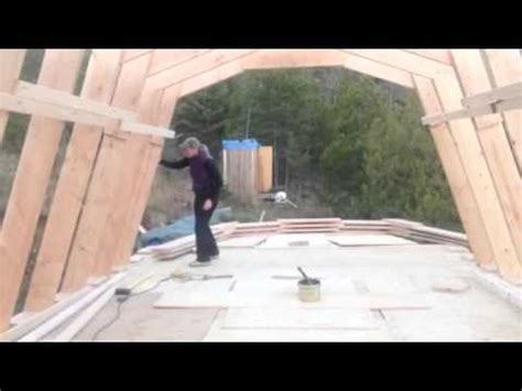reliant woman sets homemade gambrel roof