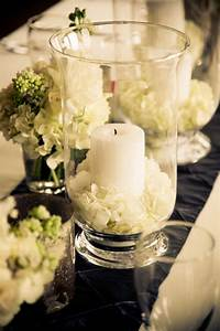 simply love this centerpiece - and so easy to make ...