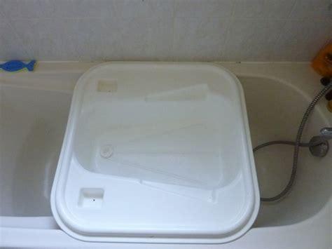 bassine pour bain de si鑒e baignoire bebe adaptable baignoire adulte 28 images 45 images 224 baignoire balneo id 233 es de d 233 coration 224 la maison baignoire bebe