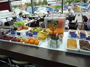 Frühstück Berlin Alexanderplatz : fr hst ck in buffet form park inn by radisson berlin alexanderplatz berlin mitte ~ Eleganceandgraceweddings.com Haus und Dekorationen