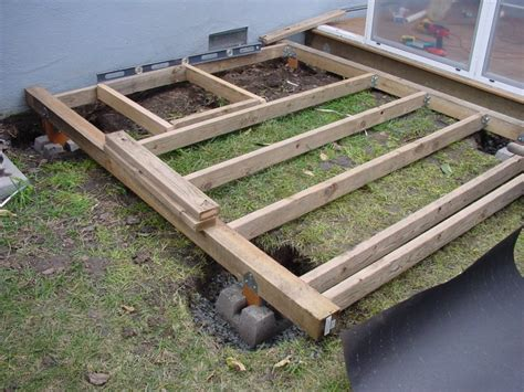 Deck Joist Spacing 2x4 by Tifany Here A How Many 2x4 To Build A Shed