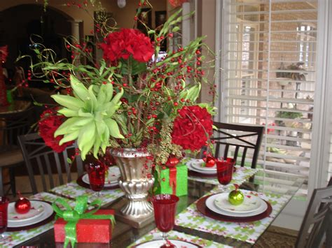 Kitchen Arrangement Ideas by Kitchen Table Flower Arrangement Home Ideas