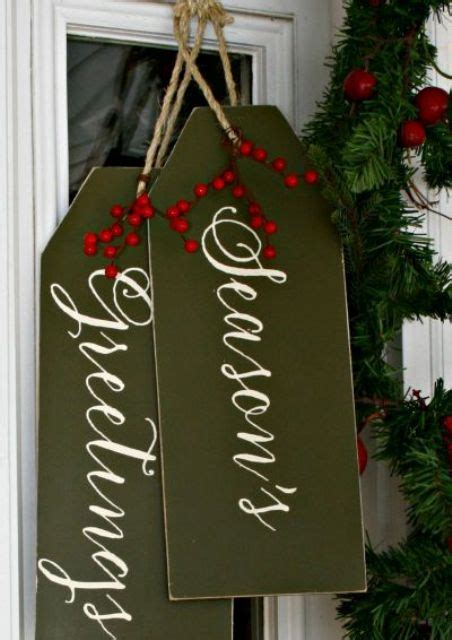 reclaimed wood christmas decor ideas digsdigs