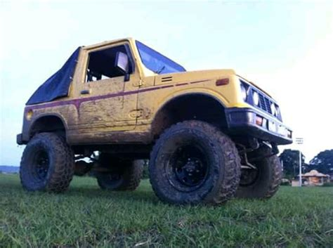 suzuki jimny sj410 my sj410 suzuki jimny with custom build lift kit sitting