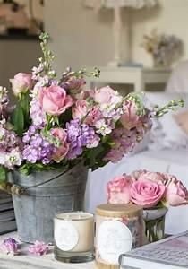 la deco chambre romantique 65 idees originales With chambre bébé design avec bougie musicale fleur