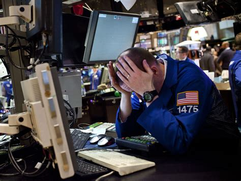 goldman sachs massive trading error bears  scary