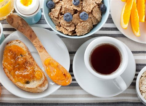 Eat This, Not That! For A Quick Healthy Breakfast Eat
